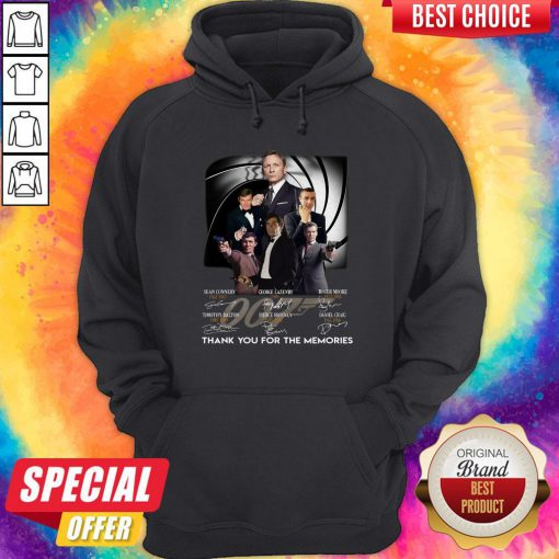 007 Sean Connery George Lazenby Roger Moore Timothy Dalton Pierce Brosnan Daniel Craig Thank You For The Memories Signatures Hoodie