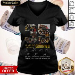The Goonies Years Of 1985-2020 Signatures Thank You For The Memories V-neck