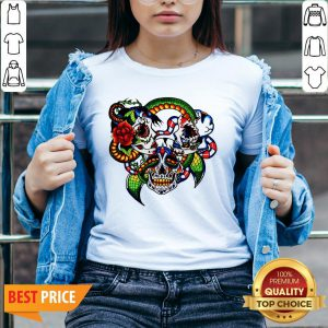 Cracked Candy Skulls Day Of The Dead T-V-neck