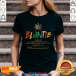 Weed Bluntie Like A Regular Aunty But Hella Chill Queen Of Green V-neck- Design by Habittees.com