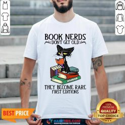 Cute Black Cat Book Nerds I Don't Get Old Shirt - Design By Habittees.com