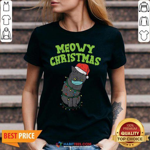 So Meowy Catmas Santa Black Cat Mask Christmas Quarantine Gift V-neck - Design By Habittees.com