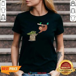 Awesome Baby Yoda And Sloth V-neck - Design by Habittees.com