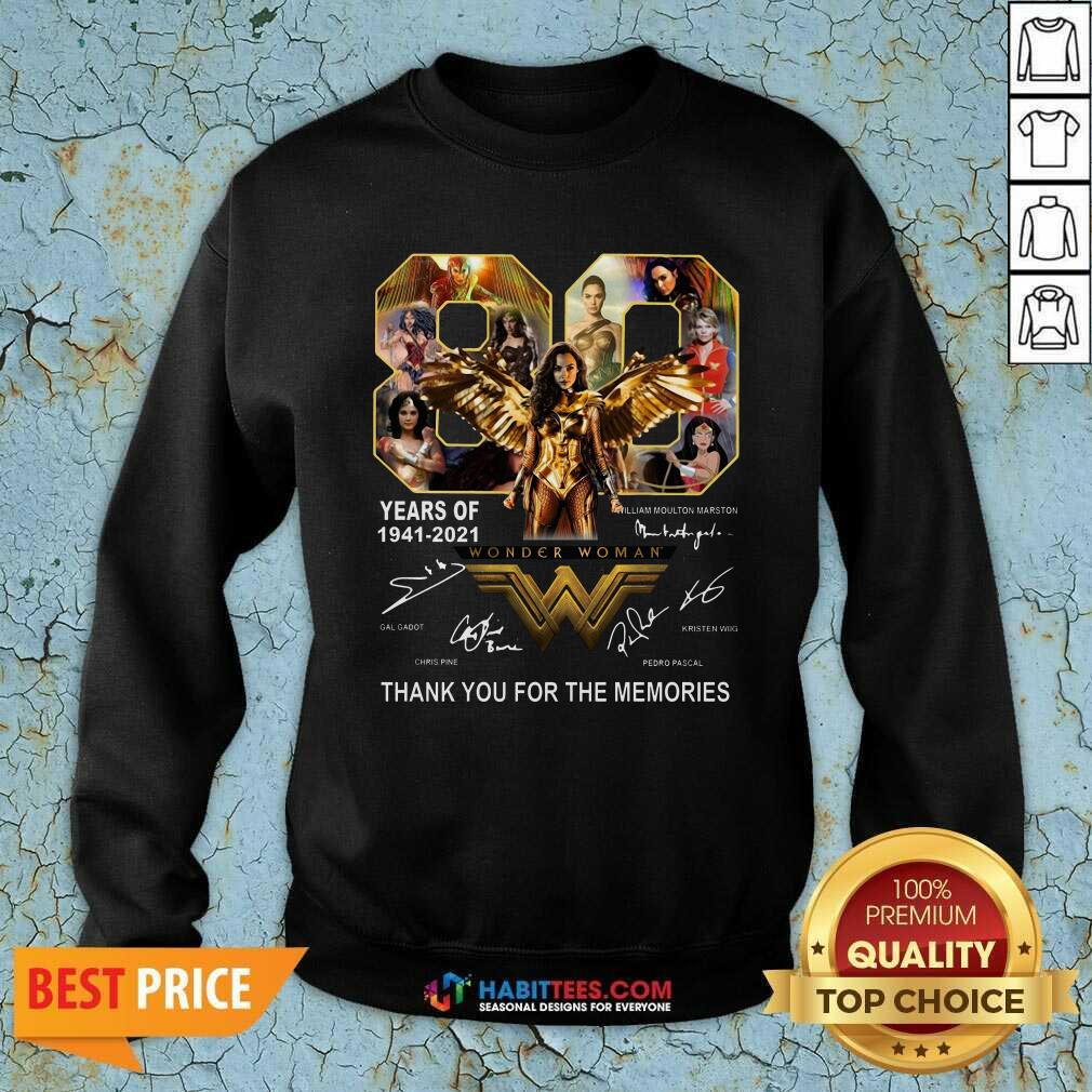 Funny 80 Years Of Wonder Woman 1941 2021 Thank Memories Signatures Sweatshirt - Design by Habittees.com