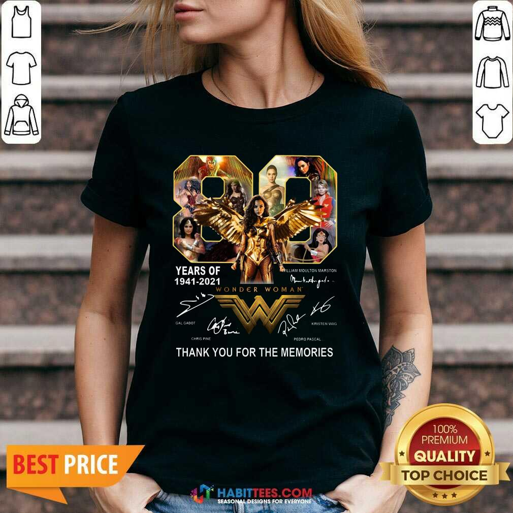 Funny 80 Years Of Wonder Woman 1941 2021 Thank Memories Signatures V-neck - Design by Habittees.com
