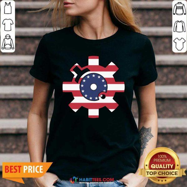 Funny Betsy Ross Flag Bolt Face American Flag V-neck - Design by Habittees.com