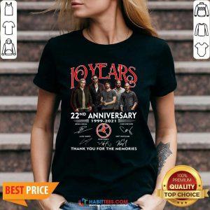 Top 10 Years 22nd Anniversary 1999 2021 Thank Memories Signatures V-neck - Design by Habittees.com