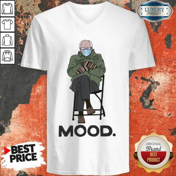 Funny Bernie Sanders Mittens Mood 022 V-neck