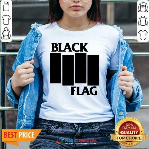 Nice Black Flag Black Flag Bars And Logos 112 V-neck