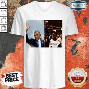 Official Barack Obama Lauded Hank Aaron V-neck