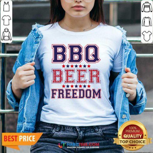 Pretty BBQ Beer Freedom 246 V-neck